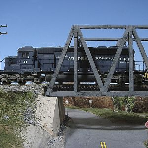 A&P 41 crossing the Rock Island Bridge