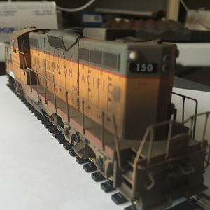 Bachmann GP9 weathered